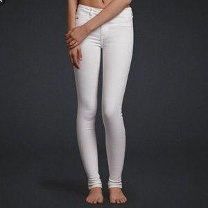 Hollister super skinny white denim